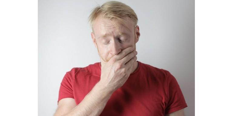 Nadwrażliwość zębów – przyczyny, jak sobie z nią radzić, jaką pastę wybrać?