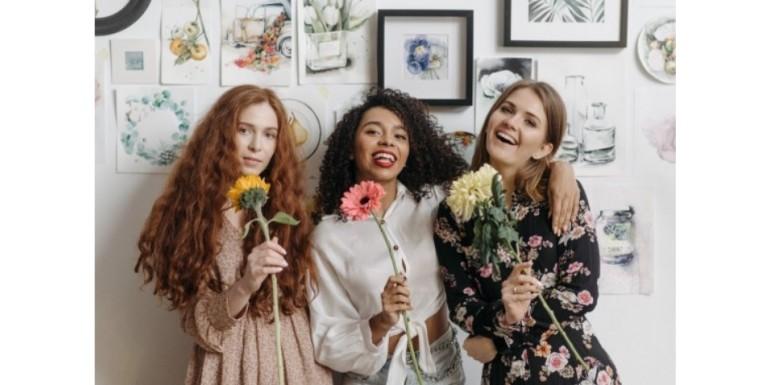 Wyjątkowe prezenty na Dzień Kobiet - zadbaj o zdrowie i biały uśmiech